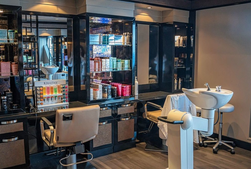 Kosmetikstudios Wieder öffnen