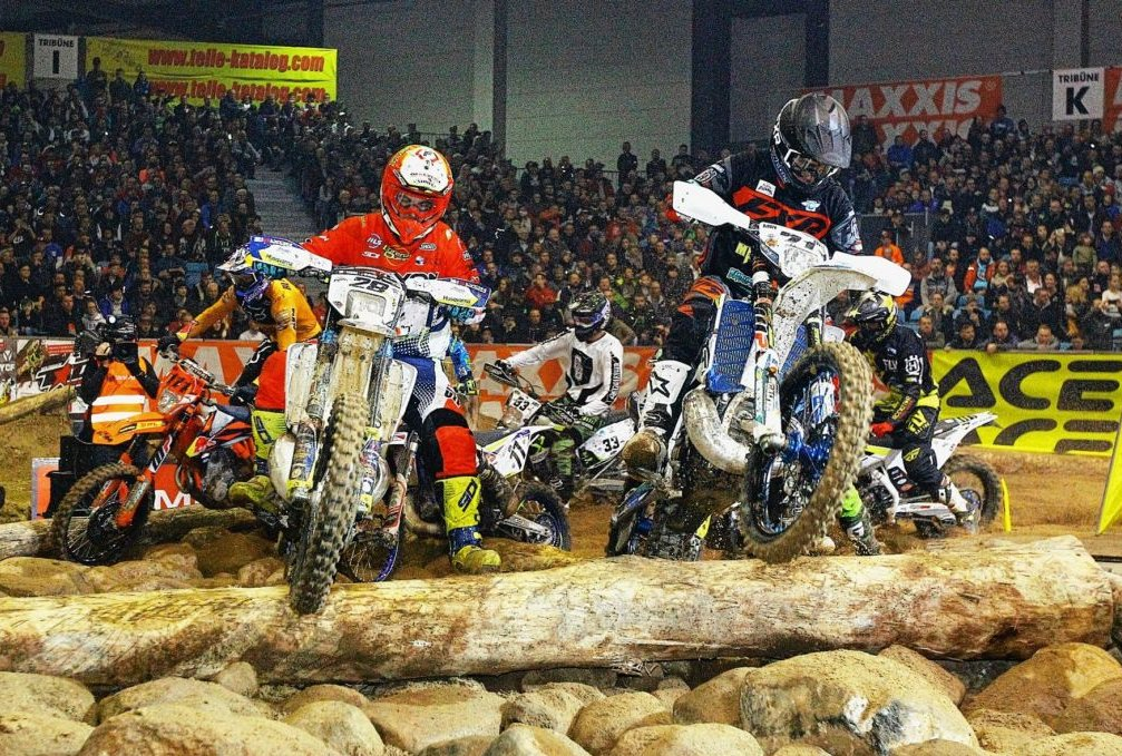 SuperEnduro zu Land... Foto: Thorsten Horn