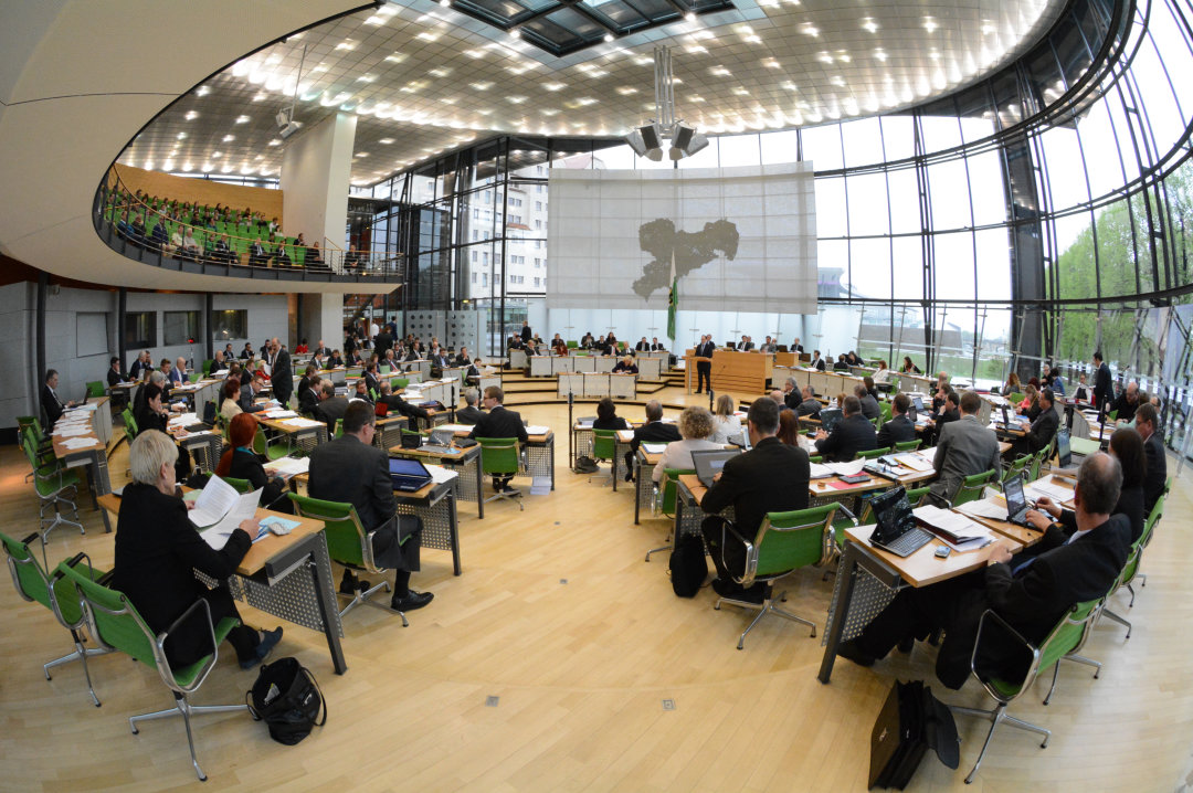 Blick in den Plenarsaal des Landtages in Dresden.